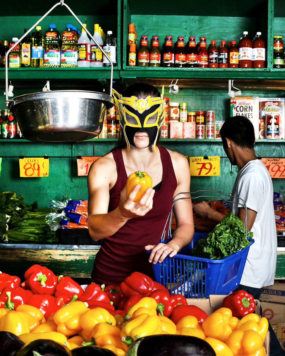 JOHNNY ANDREWS PHOTOGRAPHY :: PORTRAITURE :: La Avispa, a luchadora with Lucha Libre Volcanica