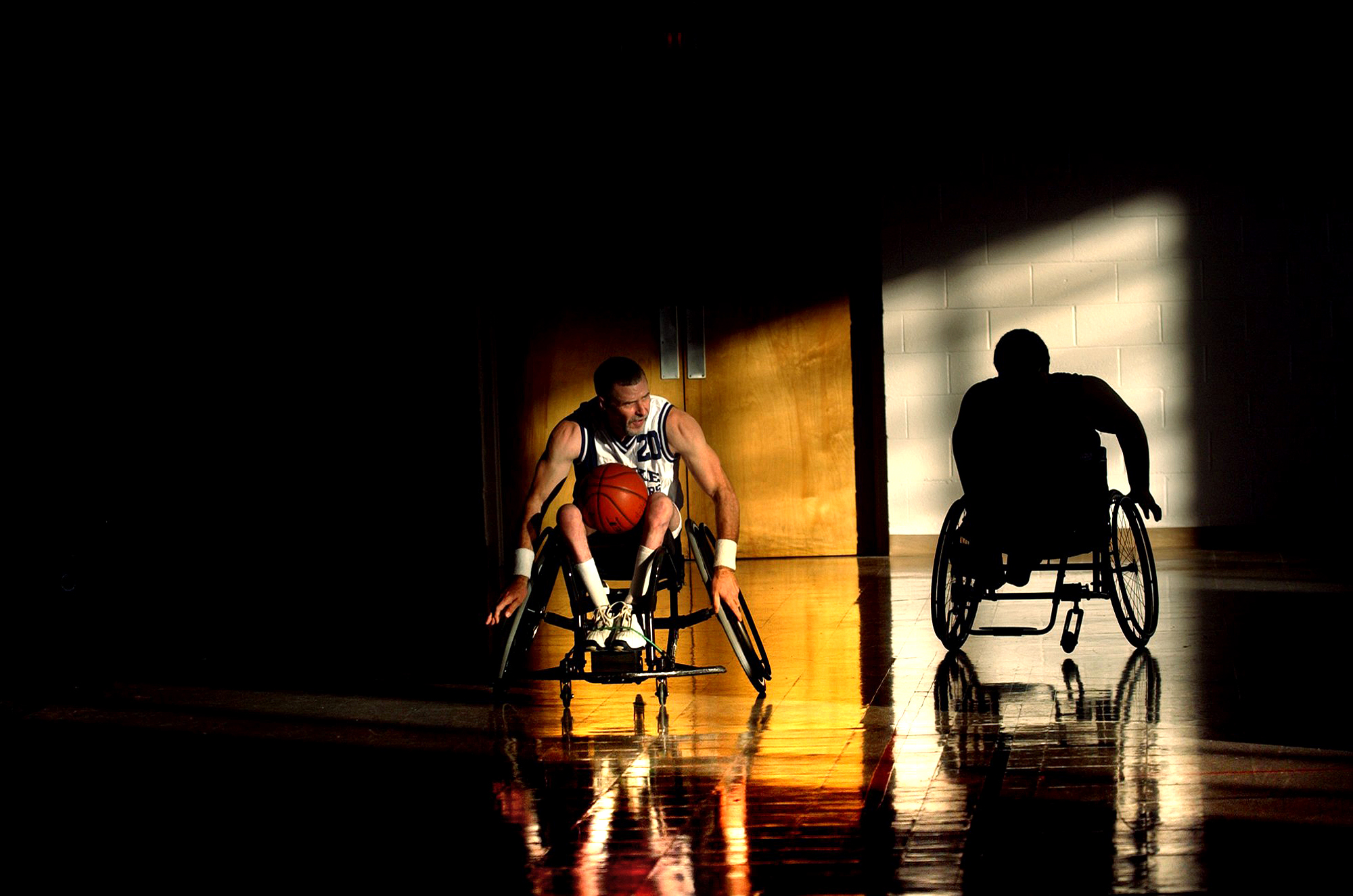 JOHNNY ANDREWS PHOTOGRAPHY : EDITORIAL :: Wheelchair basketball